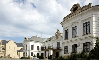 veszprem palota